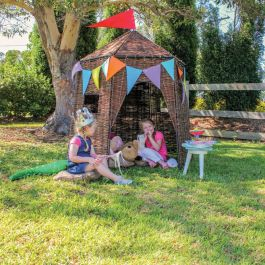 Large Wicker Hut Play Den